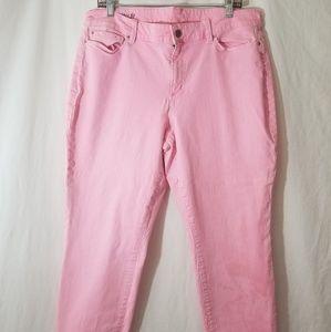 Ann Taylor | Pink Wash Curvy Fit Capri Jean's